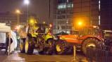Με τρακτέρ διαδηλώνουν κατά της λιτότητας στις Βρυξέλλες