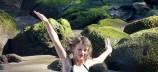 Taylor Swift: Τα ρετρό μαγιό της πάνε πολύ
