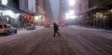 Η χιονοθύελλα άδειασε την Νέα Υόρκη – Χάος στις μεταφορές