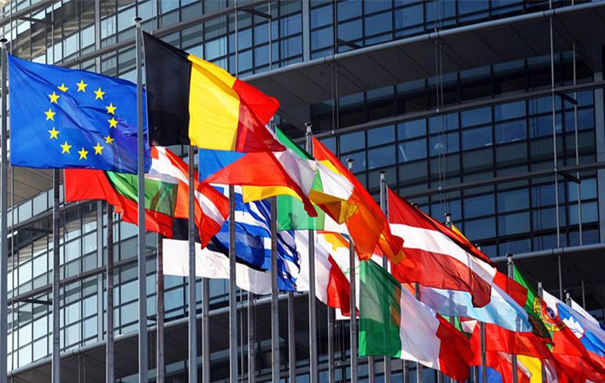 Τα μέτρα πάνε και έρχονται - Η Αθήνα περιμένει άλλα έξι «ναι» από τους δανειστές, προκειμένου να συνεδριάσει το Eurogroup