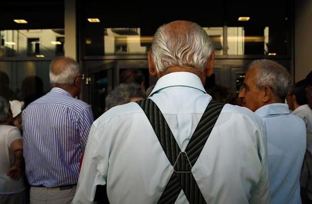 Νομοσχέδιο Κατρούγκαλου: Τσεκούρι και στις κύριες συντάξεις