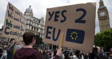 Δεύτερο δημοψήφισμα ζητούν δύο εκατομμύρια Βρετανοί μετά το Brexit