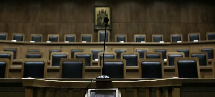 """Δικαστές κατά της κυβέρνησης: """"Θεσμικά μη ανεκτές οι επιθέσεις"""""""