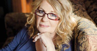 Άννα Παναγιωτοπούλου: Μουτζώνομαι που πίστεψα τον Τσίπρα και τον ψήφισα