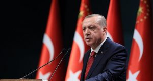 "Handelsblatt: ""Τα παιχνίδια εξουσίας του Ταγίπ Ερντογάν"""